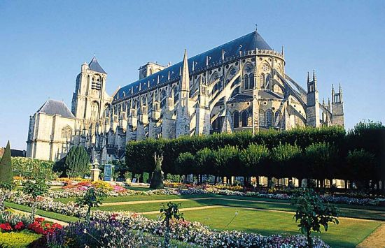 Bourges - Cathedrale Saint-Etienne.jpg